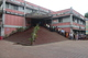 সুফিয়া কামাল জাতীয় গণগ্রন্থাগারে পাঠকদের  প্রবেশ